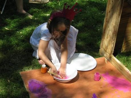 washing brushes yes spaces castle playhouse 700x525 DIY Playhouse: Princesses Can Build a Castle Too!