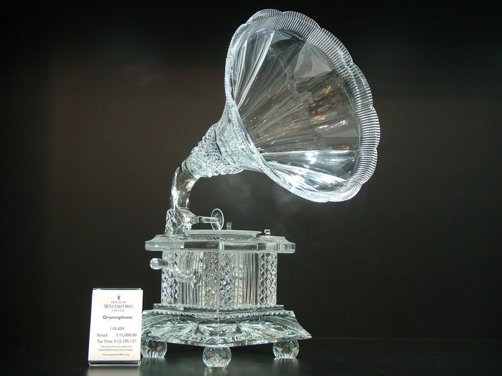 cyrstal gramophone - house of waterford crystal - ireland