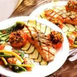 l_1577_grilled-salmon-picnic-vegetables-shrimps-CUT1