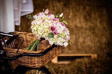 vintage wedding ideas shoot Lumiere Photography (11)