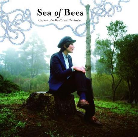 sob ep cover 550x548 SEA OF BEES GNOMES EP [7.5]