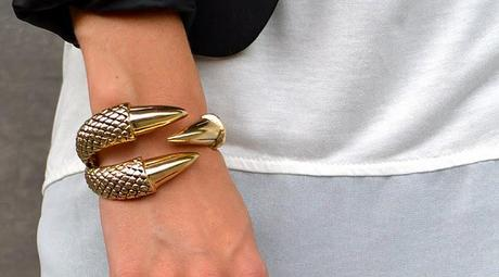 New In | Claw bracelet