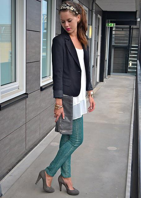 Outfit: Snake Print Jeans