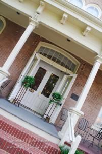 Corydon, Indiana: Kitner House Inn Front Porch