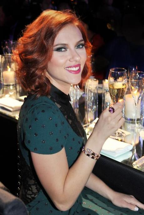scar jo champagneFab Find Friday: Scarlett Johansson Goes Retro