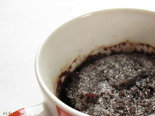 2-Minute Microwave Chocolate Cake (Eggless) in a Coffee Mug!!!