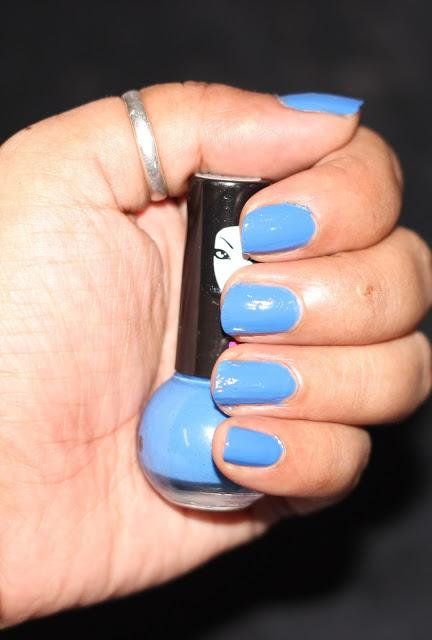 A Bright Blue Shade Of Elle 18 Nail Pop In No 65 Paperblog