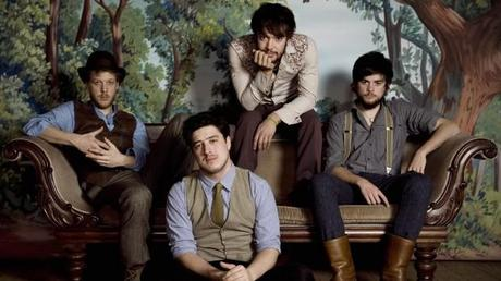 mumford sons 4e1192eca8916 620x348 MUMFORD AND SONS NEW VIDEO SHOWS SIGNS OF SELF AWARENESS [VIDEO]