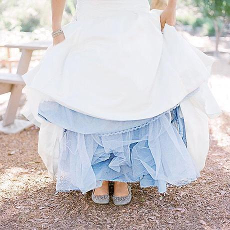 ideas something blue wedding accessories petticoatCute and Clever Ideas for your Wedding Day: Something Blue