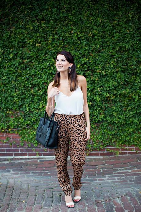 animal-print-outfit