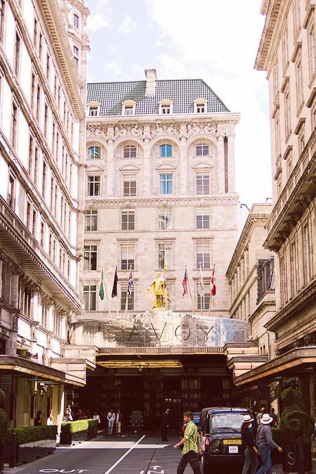 Vivien Leigh Savoy Hotel London