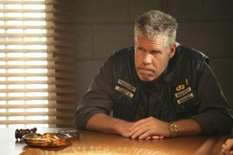 sons_of_anarchy_tv_show_image_ron_perlman_02_full_landscape