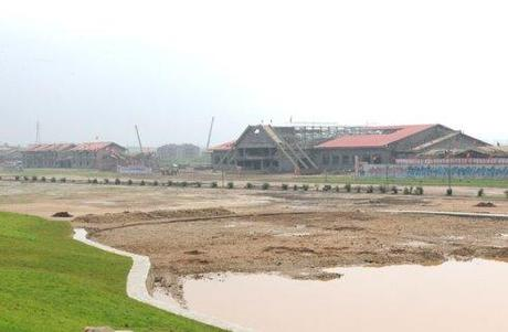 Construction of facilities at the Mirim Riding Club in east Pyongyang (Photo: Rodong Sinmun).