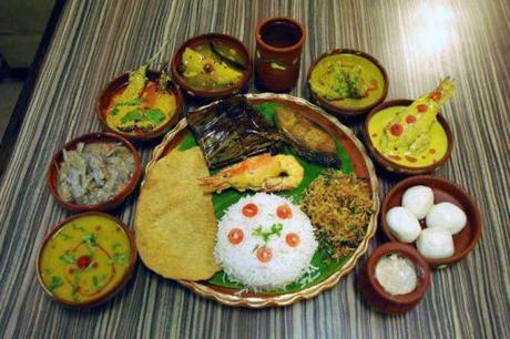 Bengali Authentic Full Meal; Source Nandinissaha (via Wikipedia)