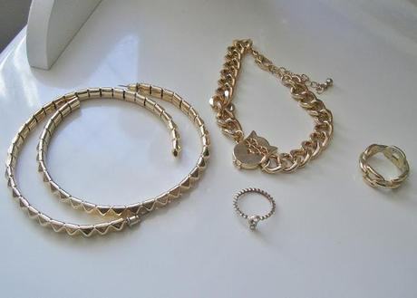 Black & Gold - Jewellery Obsessions