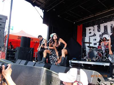 A Ripple Conversation with Butcher Babies - Mayhem Fest, Mansfield, Mass. July 16th,2013