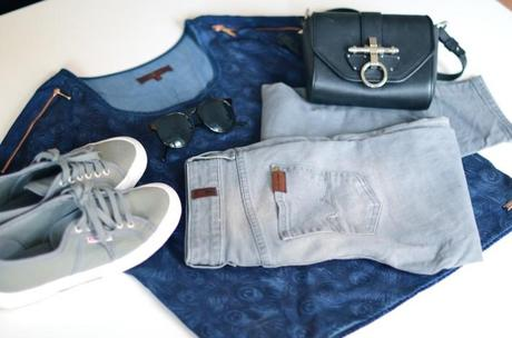 7 for all mankind festival essentials