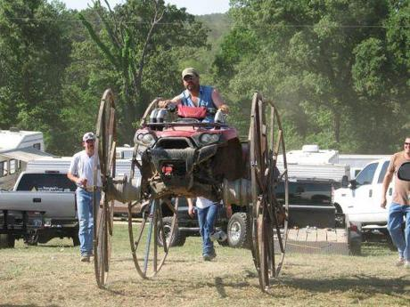 Swamp buggy                       (new way to use those old wheeels - wonder if the guy with the beer had anything to do with it!!)