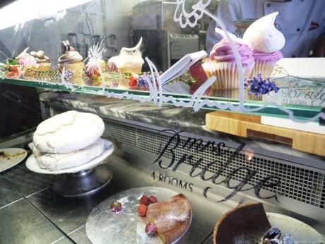 mrs bridges tea rooms leicester review cake fridge selection cupcakes chocolate tart meringues