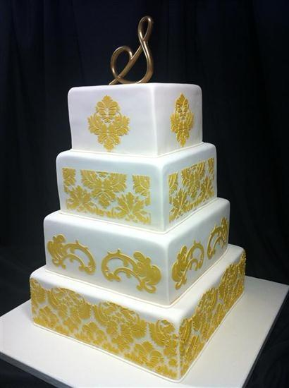 Outrageously Gorgeous Damask Wedding Cakes   Paperblog