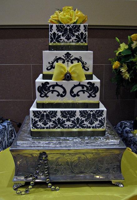 Black and Yellow Damask Cake