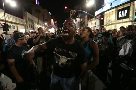 Protest over Zimmerman verdict: High emotions