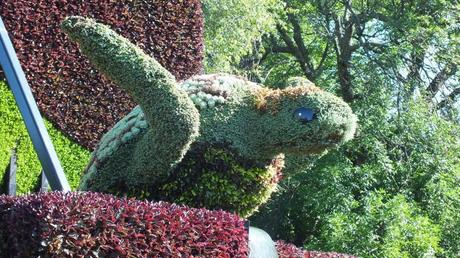 The Piano (closeup of turtle) - Mosaiculture - Montreal Botancial Gardens