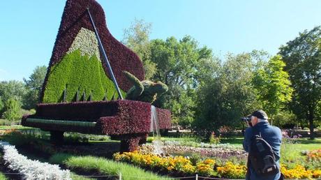 The Piano - Mosaiculture - Montreal Botancial Gardens
