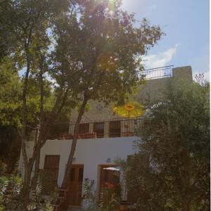 Beit_Al_Batroun_Hotel_Maison_Hote_NoGarlicNoOnions01