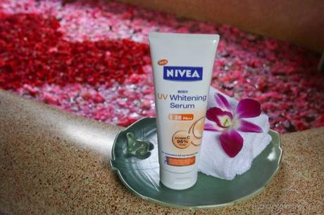 A minute a day with NIVEA Body UV Whitening Serum