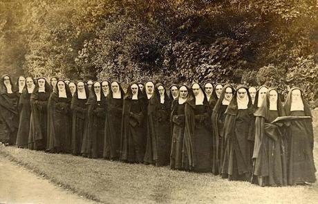 cd7914bc9921dcd06cec1026228c6dc4 Sewing History: Nuns Cloth