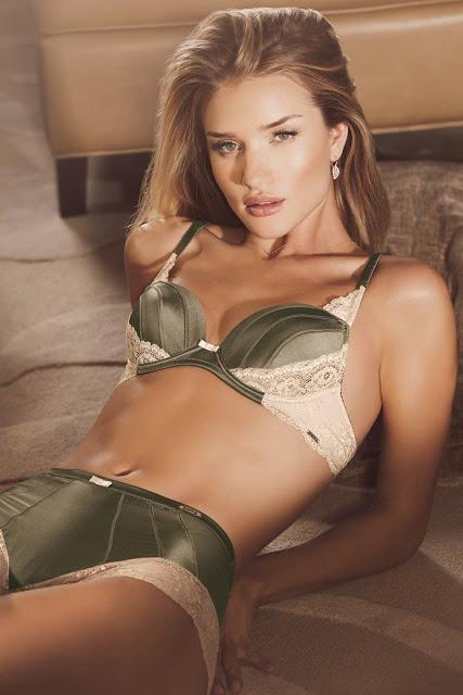 ROSIE HUNTINGTON-WHITELEY WEARS HER ANNIVERSARY LINE