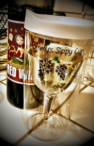 MommyJuice-Wine-Loves-Mommy-Sippy-Cup