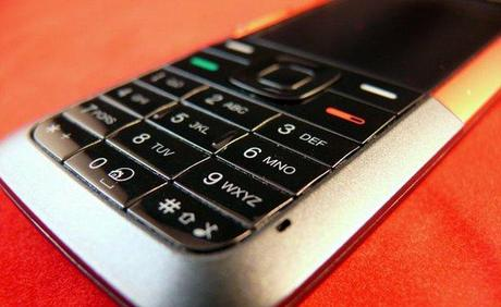 feature-phone-