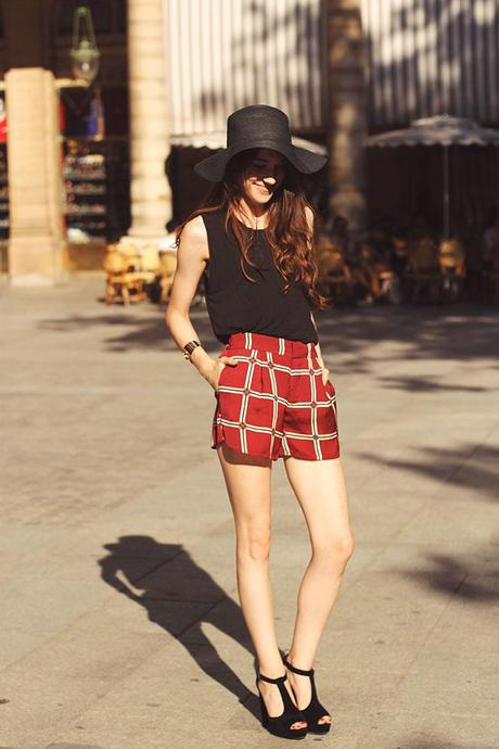 how to wear plaid shorts with a floppy hat