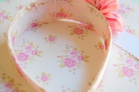 Fun summer Crafts - Adhesive Fabric Paper Flowers Tutorial Hairband