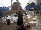 Egyptian Woman Stands Front Bulldozer Protect Wounded Egypt Explodes Violence (Stunning Videos Photos)