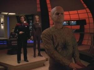 Star Trek Voyager Voyager Hope and Fear