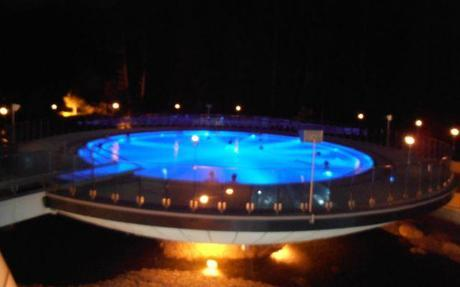 The brine pool which features lighting effects and underwater music.
