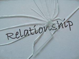 204862_702560_broken_relationship_2