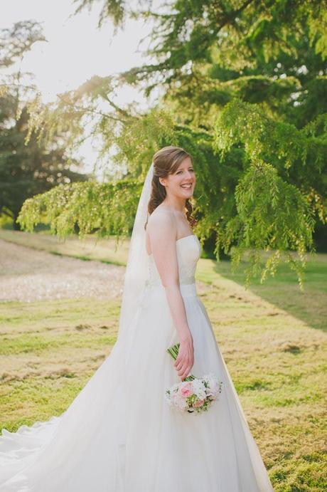 Wiltshire wedding at Trafalgar Park by Big Bouquet (32)