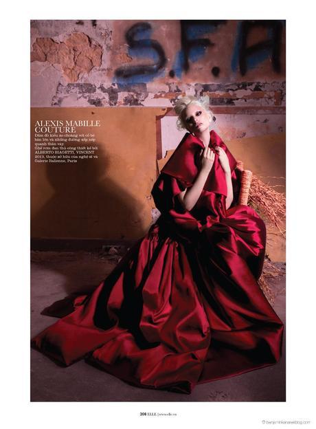 Chrystal Copland in Alexis Mabille Couture © Benjamin Kanarek