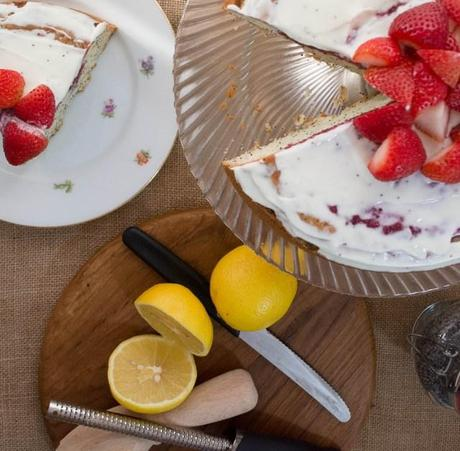 Lemon Poppy Seed Cake with Strawberries and Cream Cheese ...