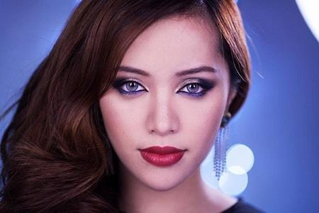 Makeup Brands on Michelle Phan Launches Makeup Brand     Em   Paperblog
