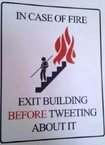 Via funnysigns.net
