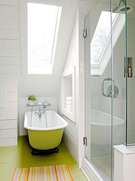 Clever solutions for small bathrooms paperblog for Small bathroom solutions