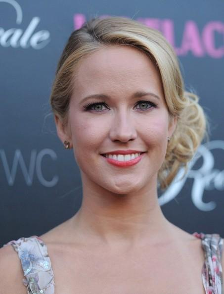 Anna Camp Lovelace Axelle Bauer Griffin