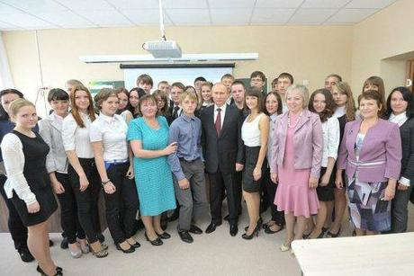 President Putin with teachers at School #7 in Kurgan.
