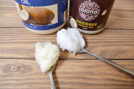 10 reasons why I love coconut oil... And why you should too!