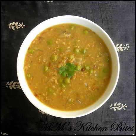 Bhaja Muger Dal/ Bengali Roasted Mung (Moong) Lentils...lunch is served!!